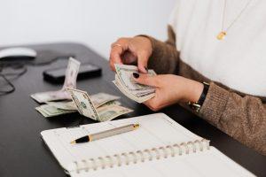 Porady, jak poprawić swoje życie finansowe